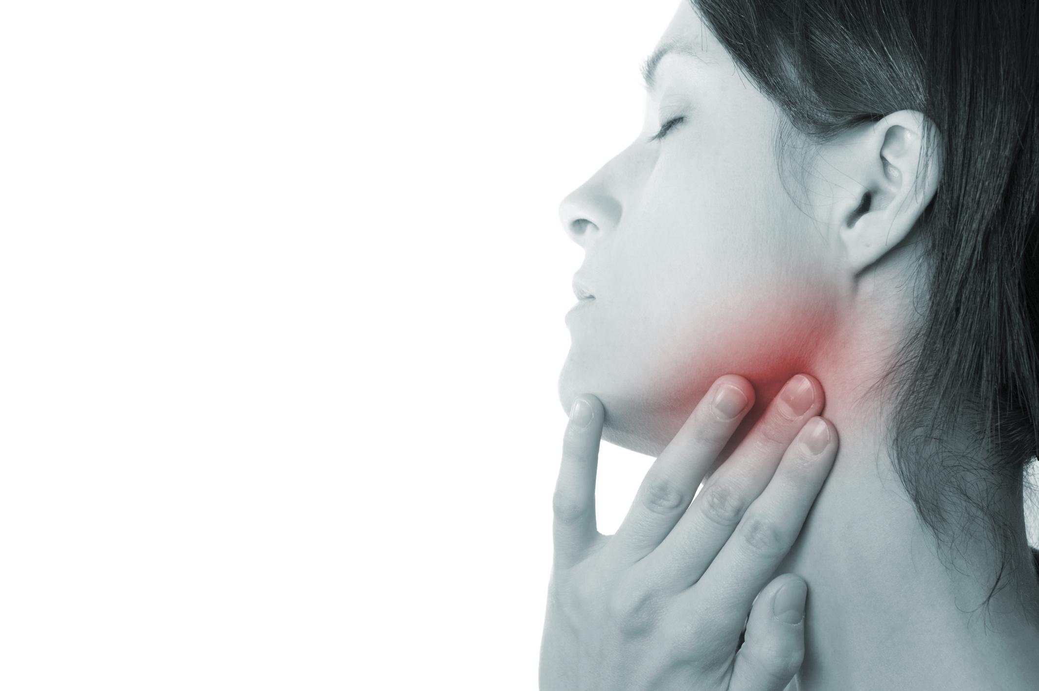 Щелкает челюсть при открытии рта лечение в домашних условиях