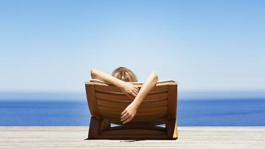 Защита для волос от солнца: бережем локоны