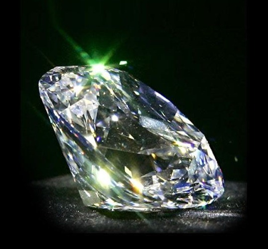 Бриллиант: свойства и особенности излюбленной драгоценности