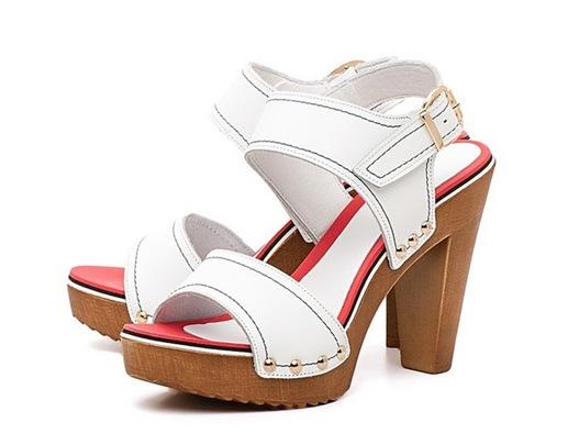 Белые босоножки на каблуке — летние босоножки на любой вкус. Как ...