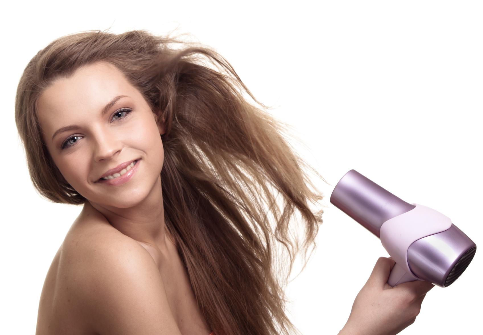 Пересушивание волос феном