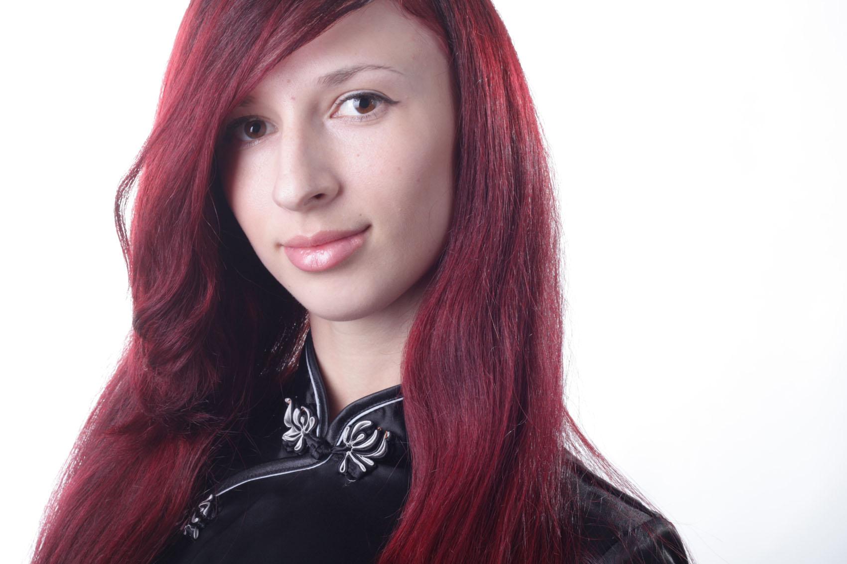 цвет бордо на волосах фото