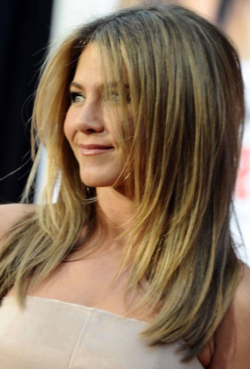Причёска на короткие волосы фото