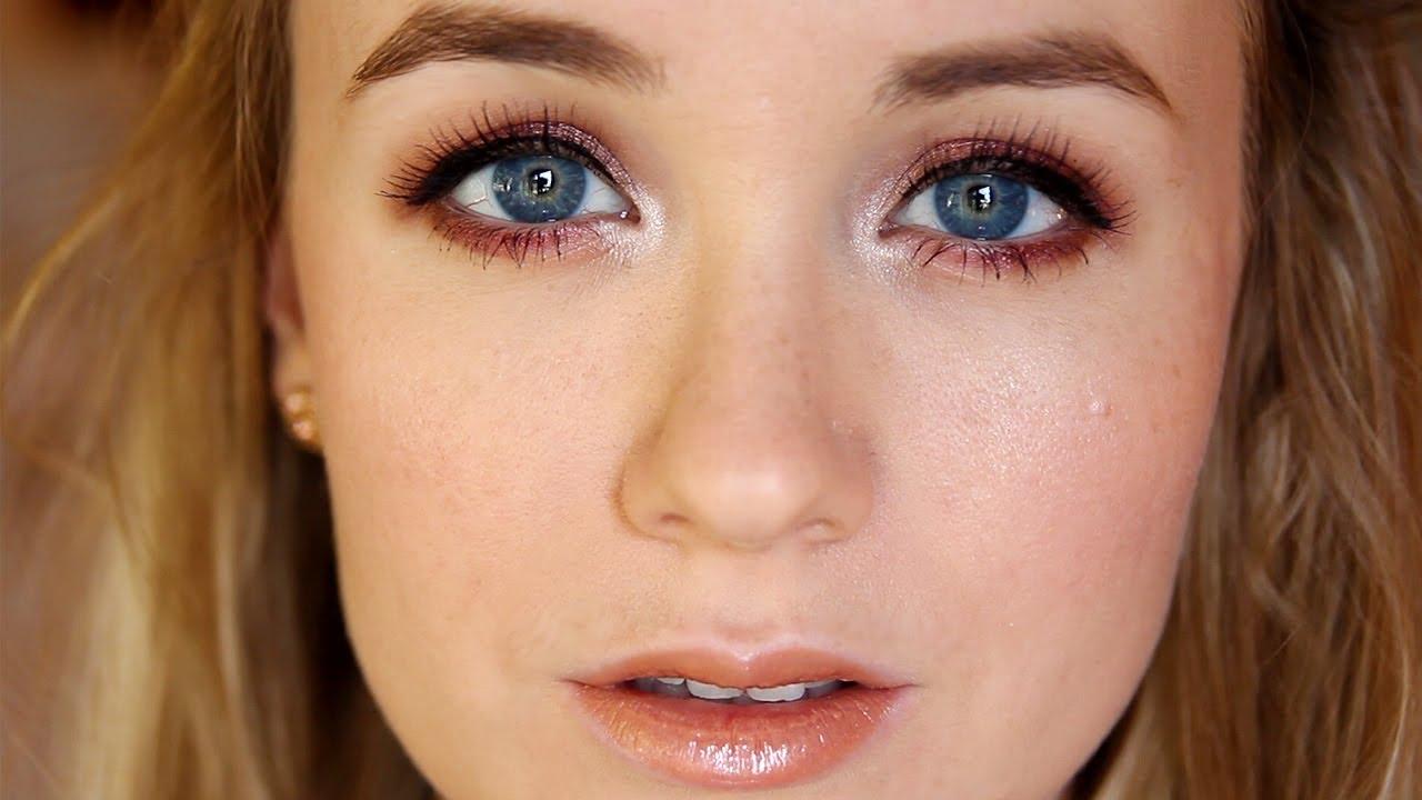 Голубо-серые глаза